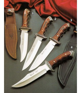Venice knife with wooden handle