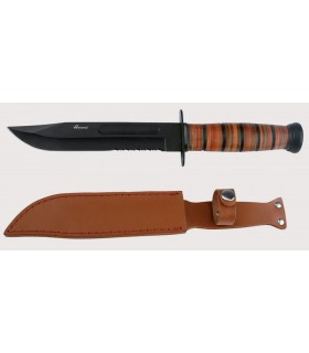 Tactical knife with black blade of 17.8 cms.